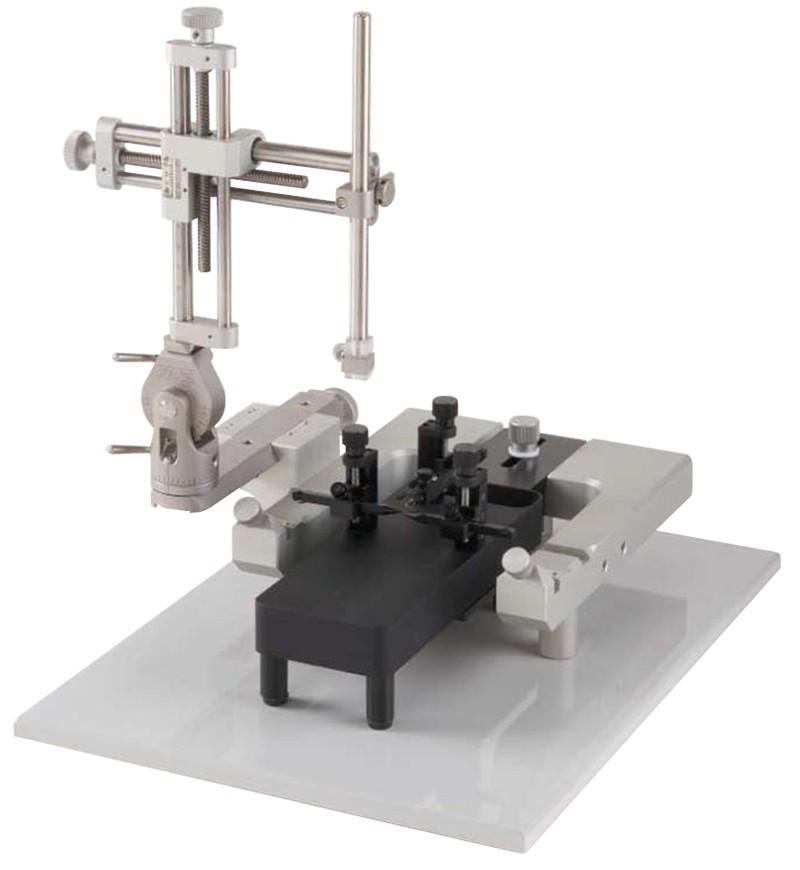 Estereot�xico con adaptadores para rata y rat�n Lab Standard Stoelting